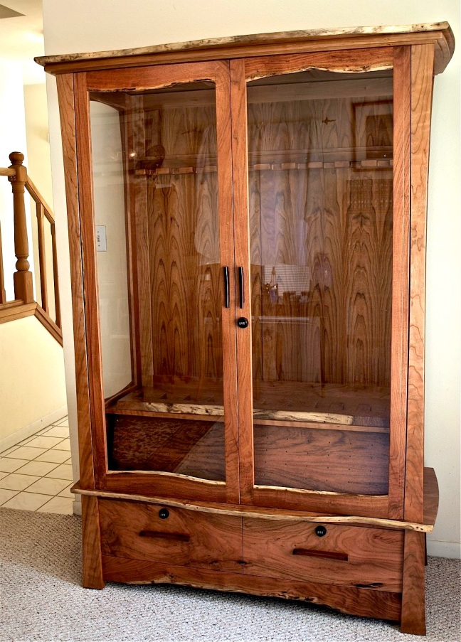 Large Gun Cabinet Plans Free Wooden Plans hide a door ...