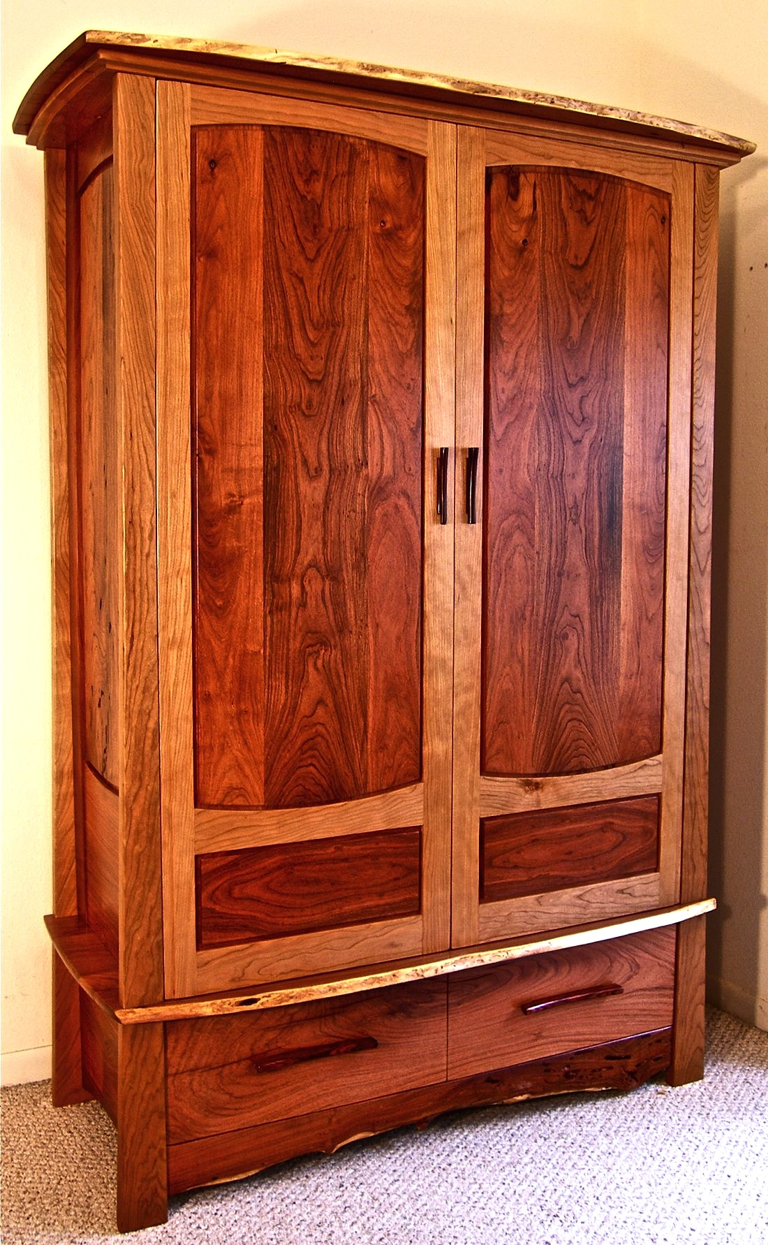 Woodworking free armoire furniture plans PDF Free Download