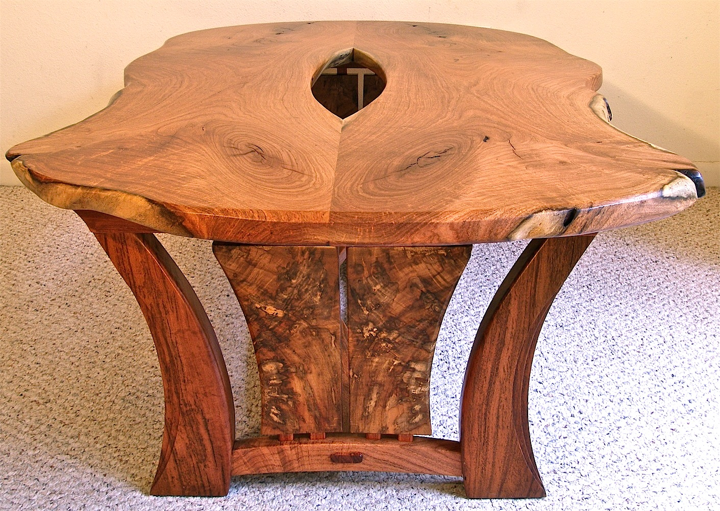 Live Edge Mesquite Coffee Table Louis Fry A Furniture Maker 39 S Blog
