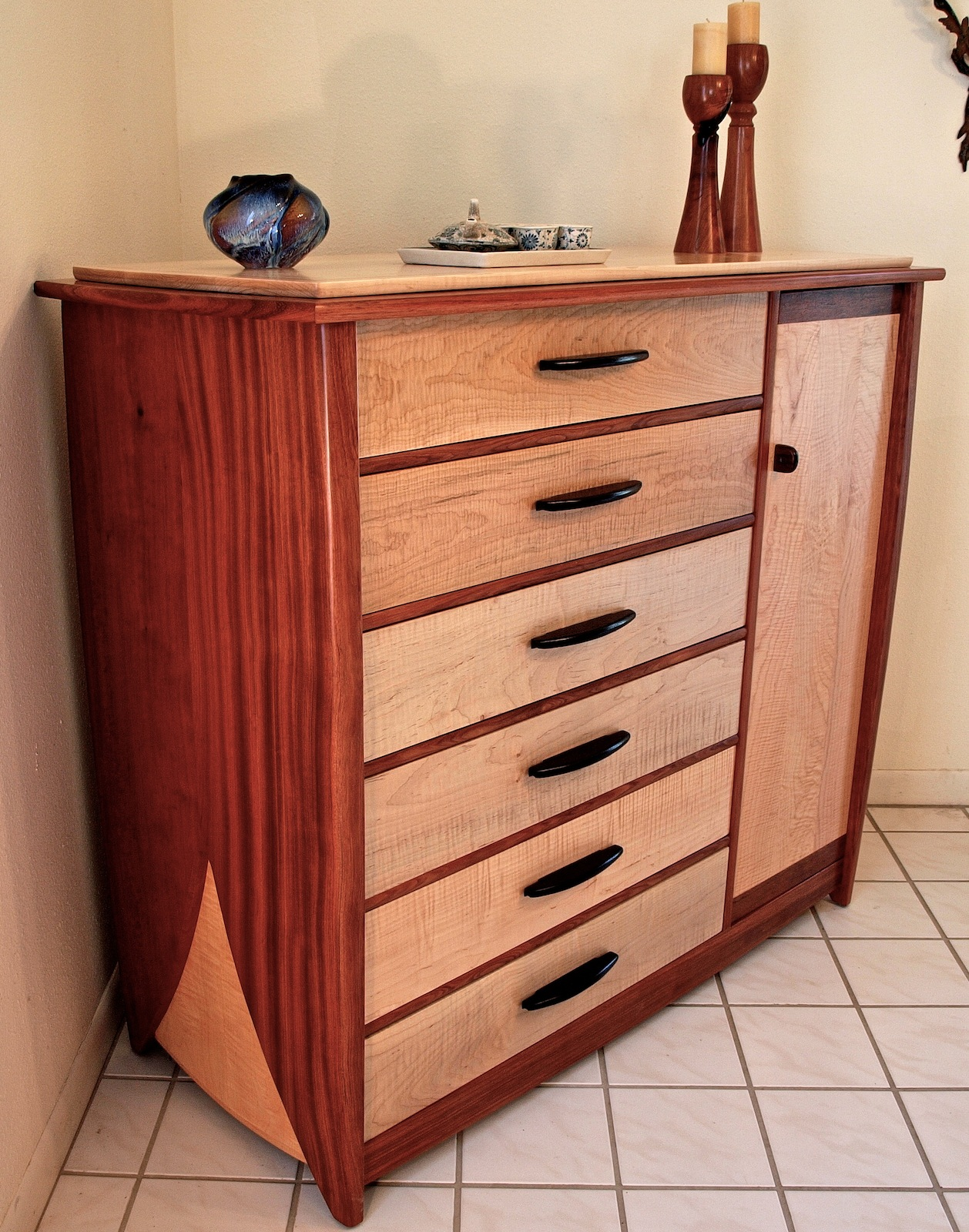 Superb img of Except for the drawer bottoms which are cherry veneered plywood this  with #782B20 color and 1258x1600 pixels