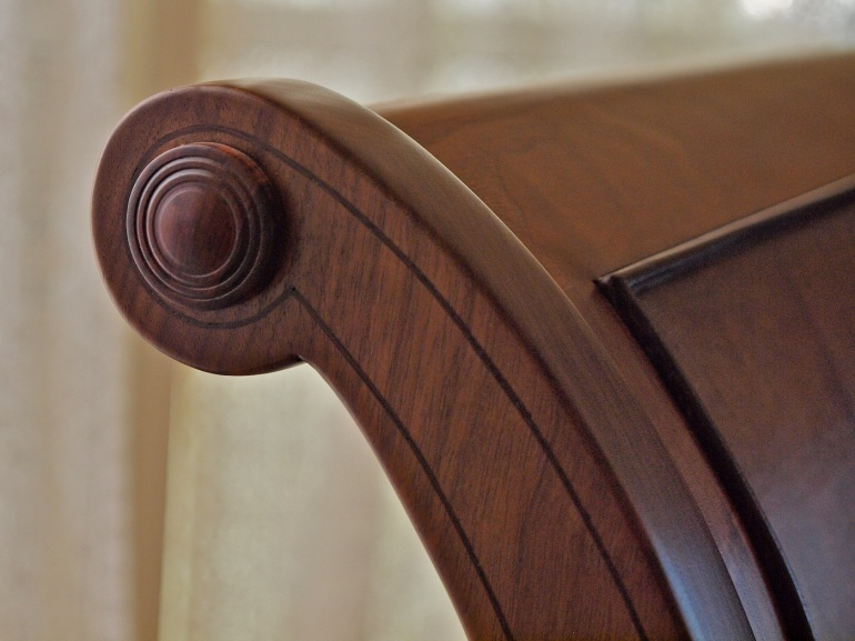 string inlay in sleigh bed post